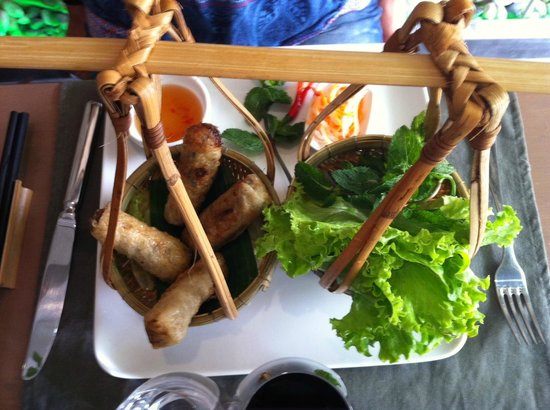 Saigon Pantheon : Spring rolls very well presented