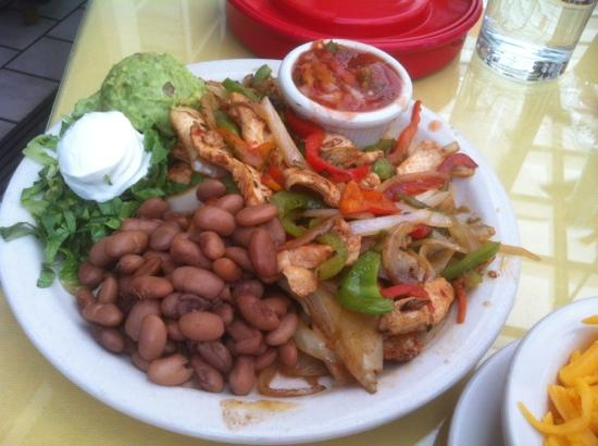 Rancho de Chimayo Restaurante: Chicken Fajitas