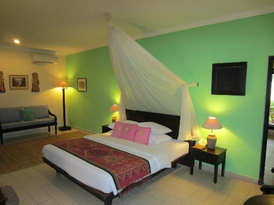 Benoa Beach Front Villas & Spa: la chambre ocean villa 3