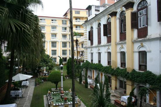 Kathmandu Guest House: Courtyard View