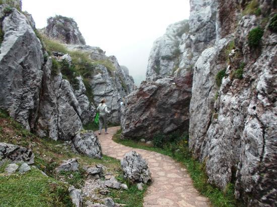 Parque Nacional de Picos de Europa : Torist passages