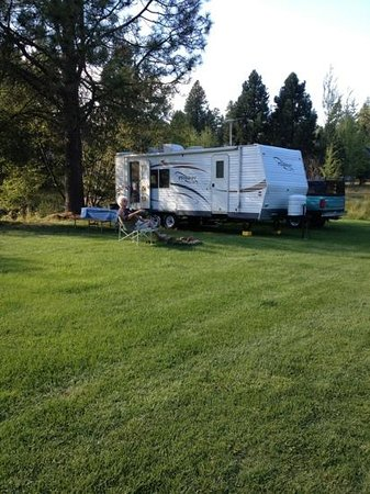 Cold Springs Resort and RV Park: camping out is tough!