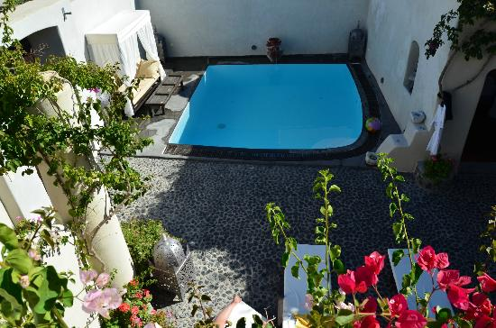 Villas and Mansions of Santorini: Pool