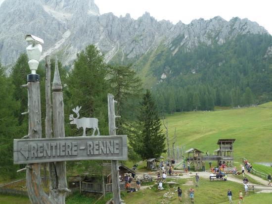 Sesto, إيطاليا: Il parco giochi