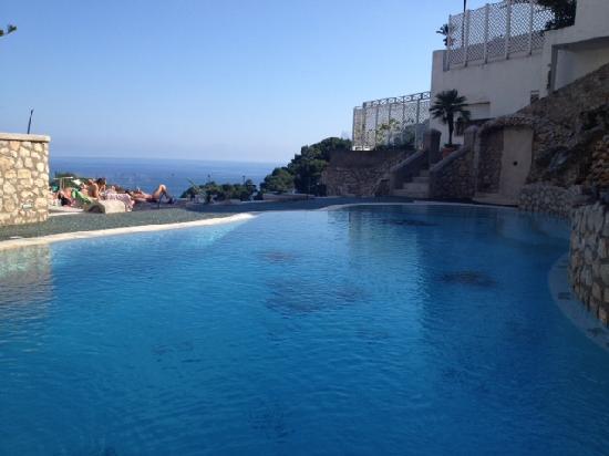هوتل لا فلوريديانا: piscina riscaldata