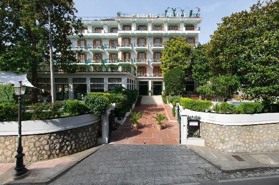 Majestic Palace Hotel: Hotel Main Entrance