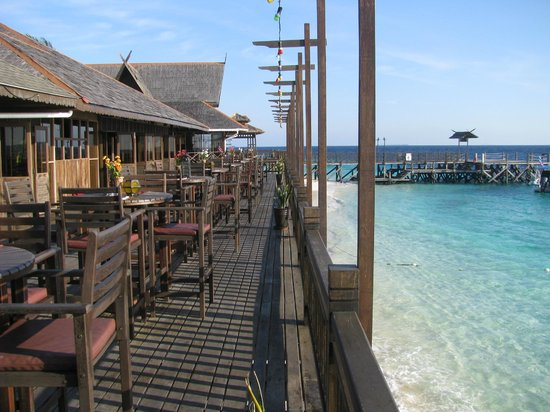 Pulau Mataking Reef Dive Resort: RISTORANTE