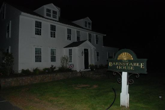 Barnstable Village's  Ghost Hunter's Tour: The House of 11 Ghosts
