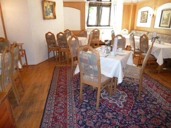 Hotel Burg Staufenberg: Der Frühstücksraum
