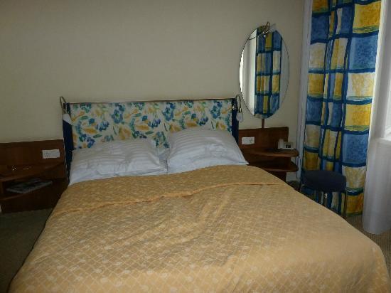 Starlight Suiten Hotel Renngasse: chambre à coucher