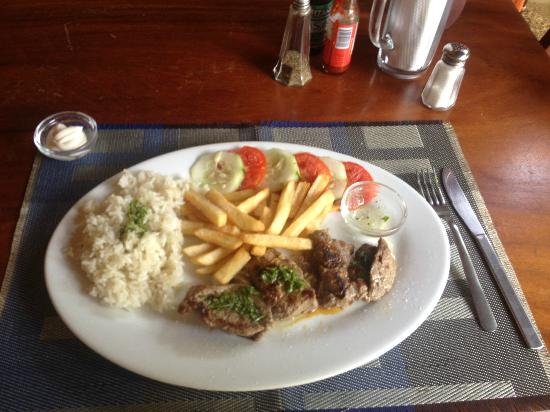 Club Surf Popoyo: Argentinian churrasco