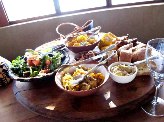 Gondwana Game Reserve: African style lunch