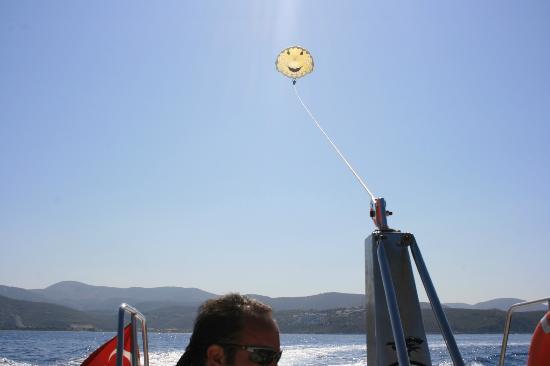 Labranda Ephesus Princess: parachute gliding 30 euros