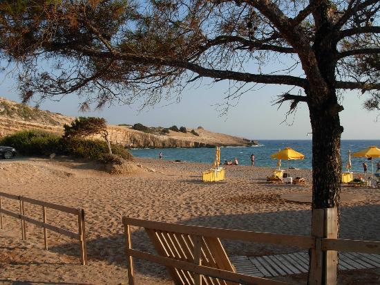 Monolithos Castle: Spiaggia di monolito