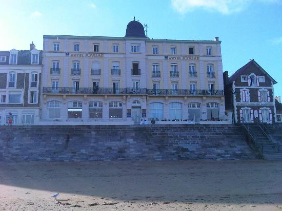 Vue chambre picture of kyriad saint malo centre plage - Chambre de commerce saint malo ...