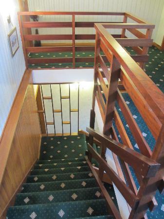 Ardlinnhe Guest House: Hall
