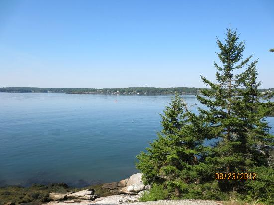 Boothbay Region Land Trust : Sheepscot River vista