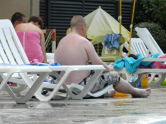 Aparthotel CYE Holiday Centre: Top quality Sun beds