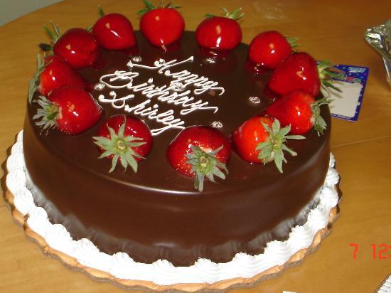Lansing, IL: Temptation Cake
