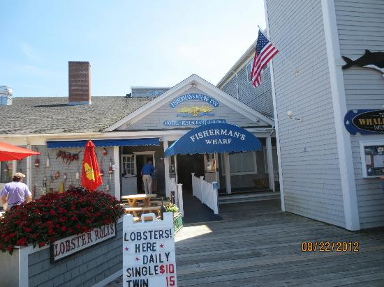 Fisherman's Wharf Inn: Entrance