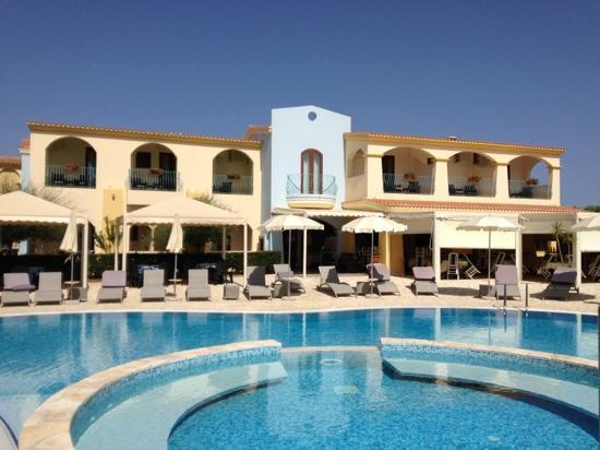 Hotel il Vascello: Rück Ansicht des Hotels