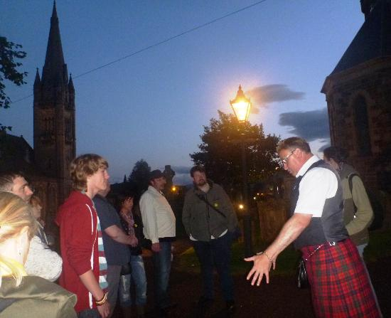 Happy Tours: CAMERON - GREAT GUIDE