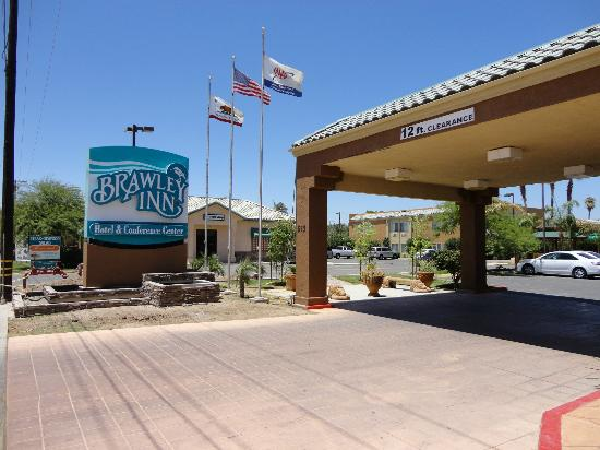Brawley Inn Hotel & Conference Center: Hotel entrance