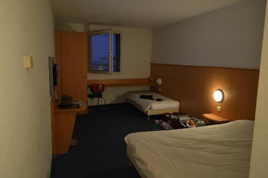 Ibis Budget Nice Californie Lenval: Room