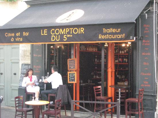 restaurant le comptoir du 5eme dans paris avec cuisine fran aise. Black Bedroom Furniture Sets. Home Design Ideas