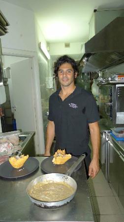 RISTORANTE IL CERBERO : Chef and the risotto