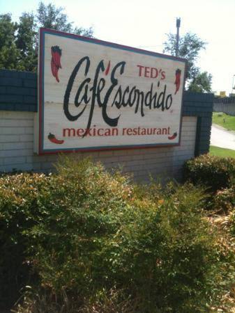 Ted's Cafe Escondido: move over CHUY's