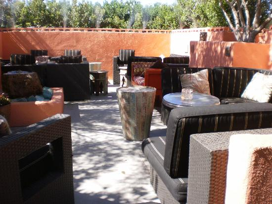 Tropicale: patio
