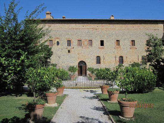 Agriturismo Sant'Anna in Camprena: Blick im Garten