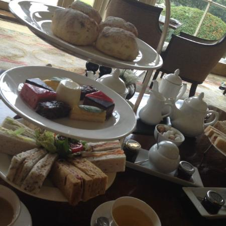 Stoke Park Country Club, Spa and Hotel : Delicious Gluten Free Afternoon Tea