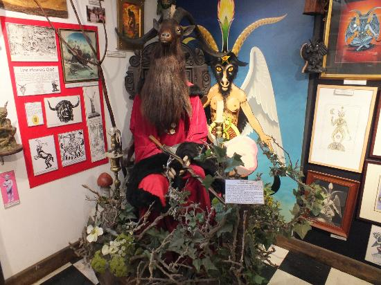 The Museum of Witchcraft: withchcraft museum