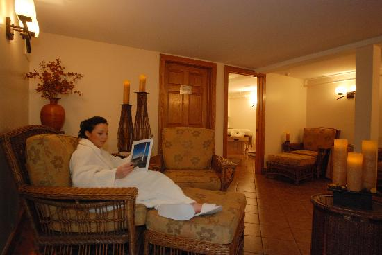 Lilac Tree Spa: Relaxation Room