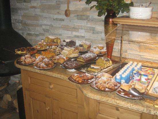 Garni Le Ortensie: colazione