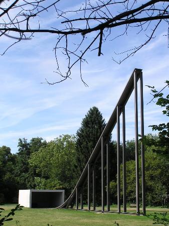 Middelheim: Pabellon cubierto