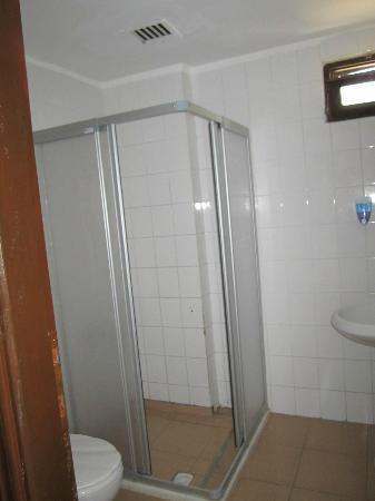 Happy Dream Beach Hotel: Ванная комната