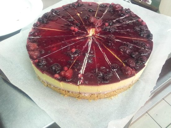 Just Desserts : wildberry and passion fruit cheesecake