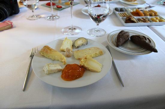 Mon fromage et rien d 39 autre picture of le jardin gourmand auxerre tripadvisor for Jardin gourmand auxerre