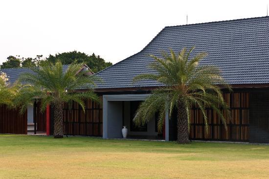 Mida Golf Club Kanchanaburi : Pool Area