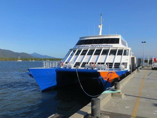 Cairns Region, Australia: Bateau Sunlover Reef Cruises