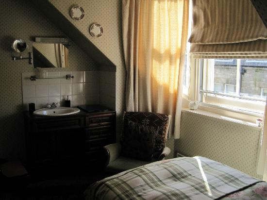 Cameron Guest House: Single Room