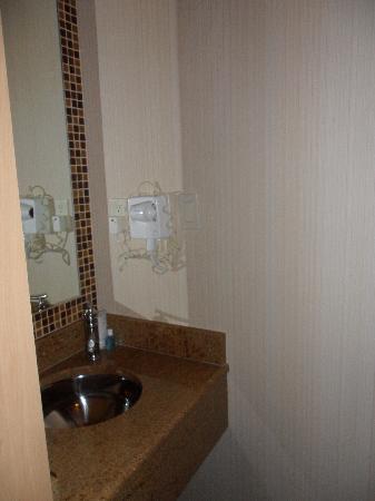โรงแรมคอสโมโพลิแทน: stanza 2 hotel