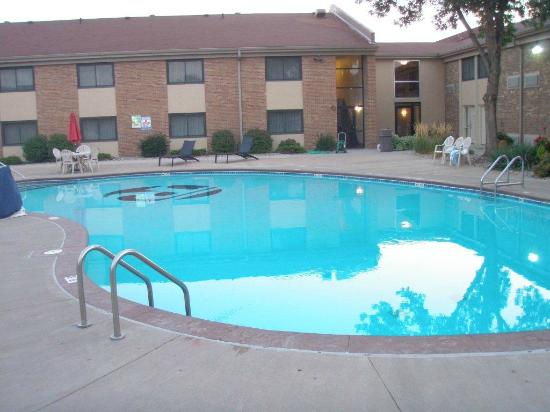 BEST WESTERN PLUS Ramkota Hotel: Outdoor Pool at Ramkota