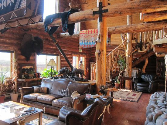 Bar-N-Ranch: lobby