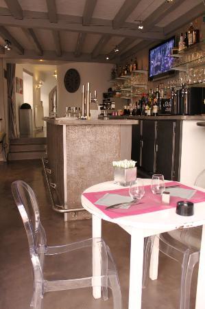 Le Bouche à Oreille : le bar