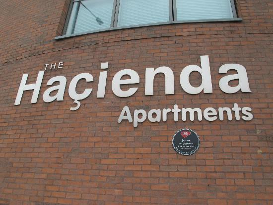 Manchester Music Tours The Hacienda Site Made Into Luxury Apartments