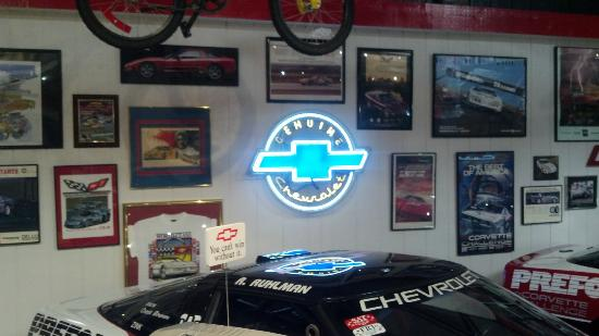 Mid America Motorworks, My Garage Museum: Vintage Corvette & Chevy advertising